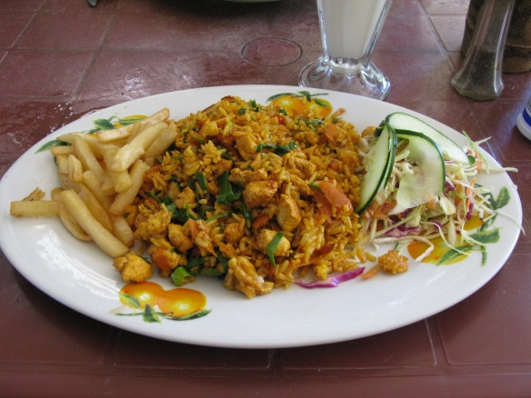 arroz con pollo, costa rica, montezuma, chicken and rice